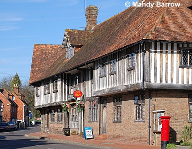 Images of tudor houses