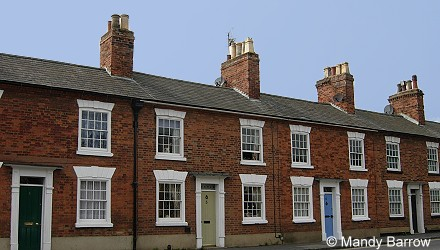 Features of victorian houses and homes for Terrace homes